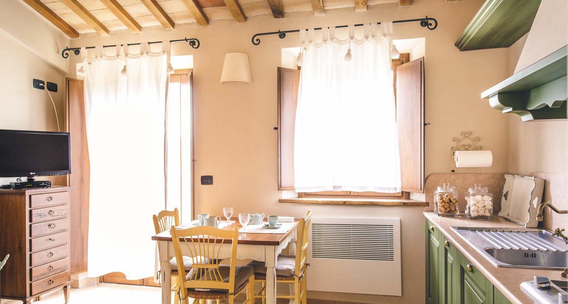 Dove dormire nelle marche appartamento in agriturismo - Cucina attrezzata ...