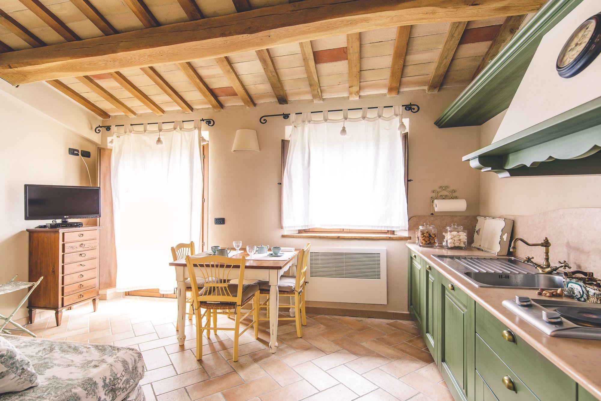 Appartamento in agriturismo con piscina fossombrone Pesaro e Urbino Marche